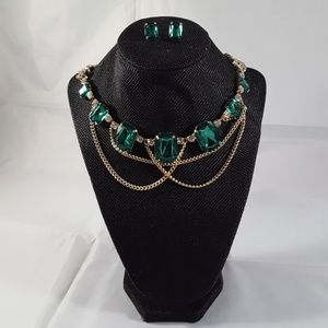 Crystal Avenue Emerald Green and Gold Necklace Set